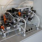 ARP 01 Контурная обрезка при 12.000 об / мин для обработки кромок.