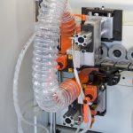 RPC скребок с разбрызгивателем для антиадгезионной жидкости.